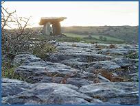 Le dolmen Poulnabrone, Burren