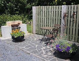 La table et les chaises de jardin